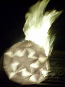burning kusudama